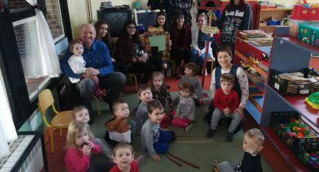 """Posjet učenica Graditeljske škole  jaslicama matičnog objekta """"Cipelica"""""""